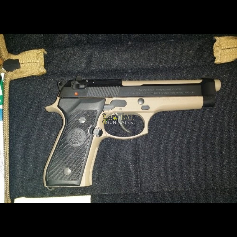 BERETTA 92 MADE IN ITALY. UPGRADED GRIPS